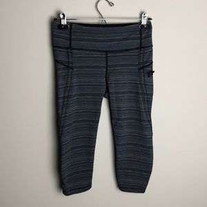 Lululemon Gray Striped Capris Size 6